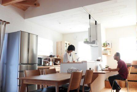 キッチンに立つのが楽しくなる家